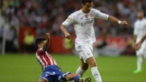 Ronaldo được các fan gọi là 'Vua từ thiện'.