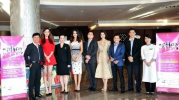 Như vậy, ngoài 6 vị giám khảo đã được công bố, trong đó có NTK Sĩ Hoàng, nhiếp ảnh gia Quốc Huy, MC Thanh Mai, hoa hậu Hương Giang… Mai Phương Thúy là nhân tố cuối cùng hứa hẹn mang lại sự mới lạ cho cuộc thi.
