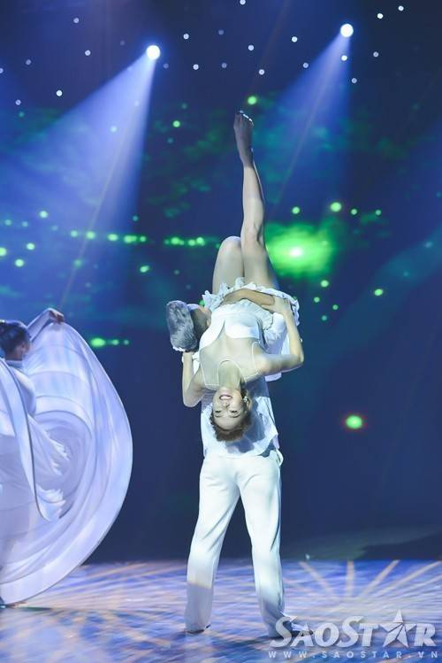 Vy Khanh đăng quang đầy thuyết phục Bước nhảy hoàn vũ nhí 2015