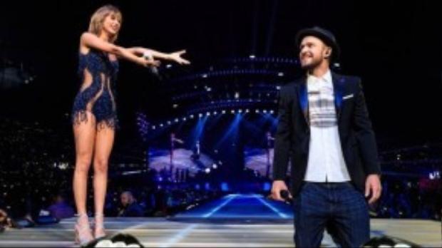 Ông bố trẻ Justin Timberlake trên sân khấu 1989 của Taylor hôm 26/8.