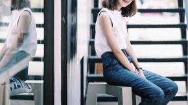Tạm rời xa những chiếc quần short jeans năng động, quần suông dài sẽ là bạn đồng hành đắc lực cho những cô nàng có vóc dáng thanh mảnh.