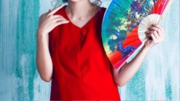 Ngoài ra, cô nàng xinh đẹp Phương Ly sẽ tục chứng tỏ khả năng diễn xuất của mình trong một bộ phim sitcom đặc biệt sắp ra mắt với sự tham gia của nhiều gương mặt hot teen đình đám. Đây là một trong những nỗ lực của Ly trong việc lột xác và khẳng định con đường trưởng thành của mình.