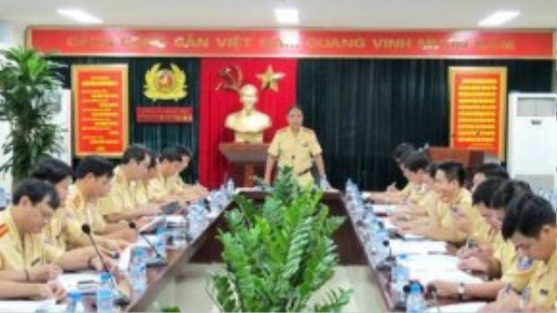 CSGT Hà Nội họp triển khai công tác đảm bảo trật tự an toàn giao thông phục vụ Lễ khai giảng năm học mới 2015 - 2016 từ 7h30 đến 8h30 sáng 5/9/2015.