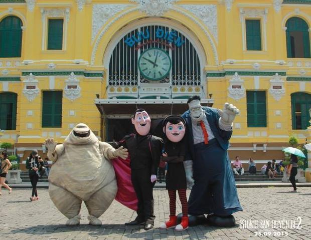 Dracula và binh đoàn quái vật đại náo Việt Nam