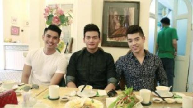 3 gương mặt trẻ thân thiết với nhau: người mẫu Hoàng Tiến Dũng, Lê Xuân Tiền và hotboy Trương Thành Vinh.