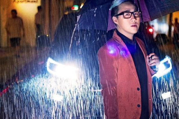 Trang Trần làm clip mắng yêu Trung Quân Idol vì mưa suốt ngày