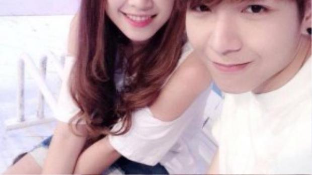 Huy Khánh thường có nhiều hình ảnh thân thiết bên cạnh ca sĩ Khởi My.