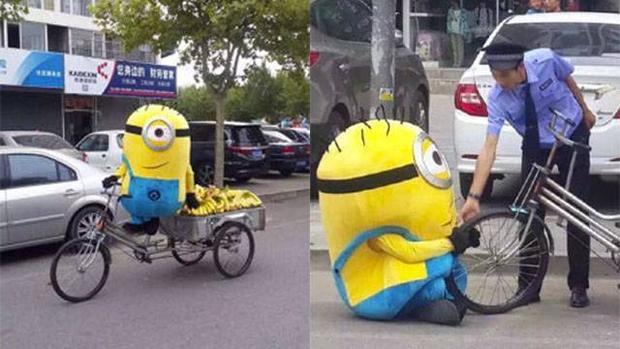 Độc đáo ý tưởng Minions đi bán chuối trên phố hút người mua