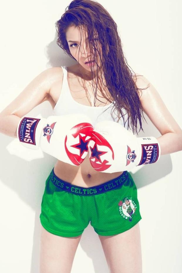 Thủy Top khỏe khoắn nóng bỏng trong bộ ảnh boxing girl