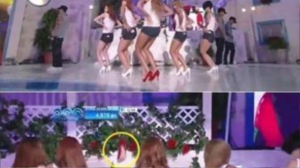 Năm 2011, tại sự kiện Mnet 20's Choice Award diễn ra ở khách sạn Walker Hill, một cơn mưa bắt đầu đổ xuống khi HyunA đang biểu diễn hit Bubble Pop với đôi giày cao chót vót. Vì nhiều động tác vũ đạo mạnh mẽ, sử dụng đến sàn nên để đảm bảo an toàn, HyunA cởi bỏ giày để diễn. Các vũ công sau đó cũng lột giày để thoải mái nhảy hỗ trợ.