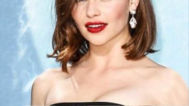 Diễn viên Emilia Clarke