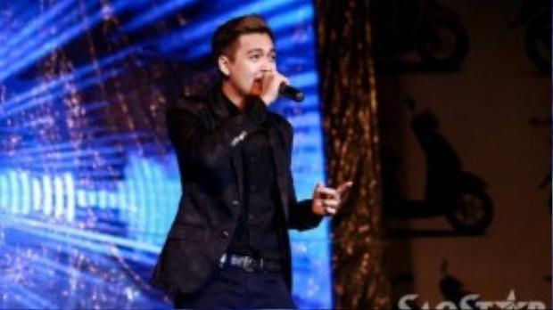 Ngô Kiến Huy góp mặt với vai trò khách mời của đêm nhạc. Anh hát tặng khán giả bản hit Mưa sao băng và một ca khúc mới.