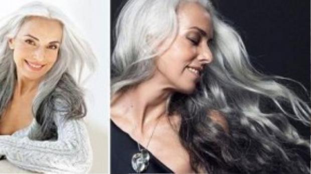 """Mặc dù làm trong ngành công nghiệp mà ai ai cũng bị ám ảnh bởi sắc đẹp và tuổi trẻ nhưng Yasmina Rossi lại yêu vẻ đẹp hiện tại của mình hơn là ở độ tuổi 20: """"Tôi thấy thân hình của mình ở hiện tại đẹp hơn và tôi cũng hạnh phúc hơn so với khi 20""""."""