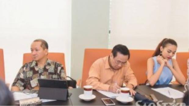 Buổi họp Ban thường vụ Hội người mẫu Việt Nam vào chiều 17/9.