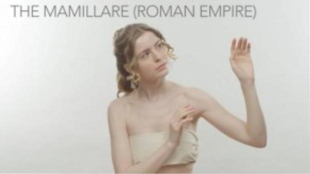 Thời trang áo lót của đế chế La Mã khá đơn giản. Do thời kỳ này họ không thích những bộ ngực lớn, nên phụ nữ thường giấu chúng đi bằng cách quấn vải. (Ảnh chụp từ clip)