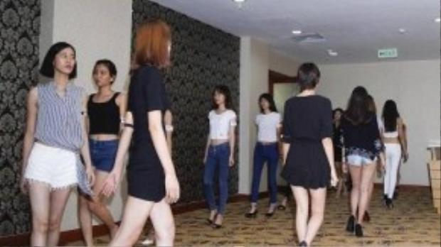 Sau buổi tuyển chọn, những người mẫu đạt chuẩn sẽ được đưa vào danh sách người mẫu chính thức cho Vietnam International Fashion Week 2015, tiếp tục casting trực tiếp với các NTK tham gia trình diễn trong chương trình.