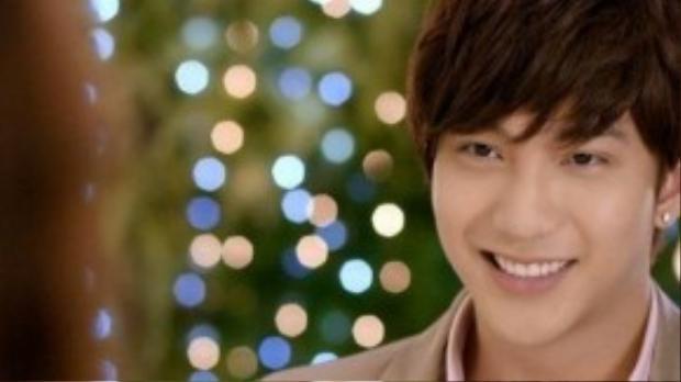 Khả năng diễn xuất của B Trần từng được đánh giá khá tốt qua một số MV, phim ngắn (Tớ thích cậu, Thật đấy, Mùa hè tuổi 17) và phim truyền hình (5s online).