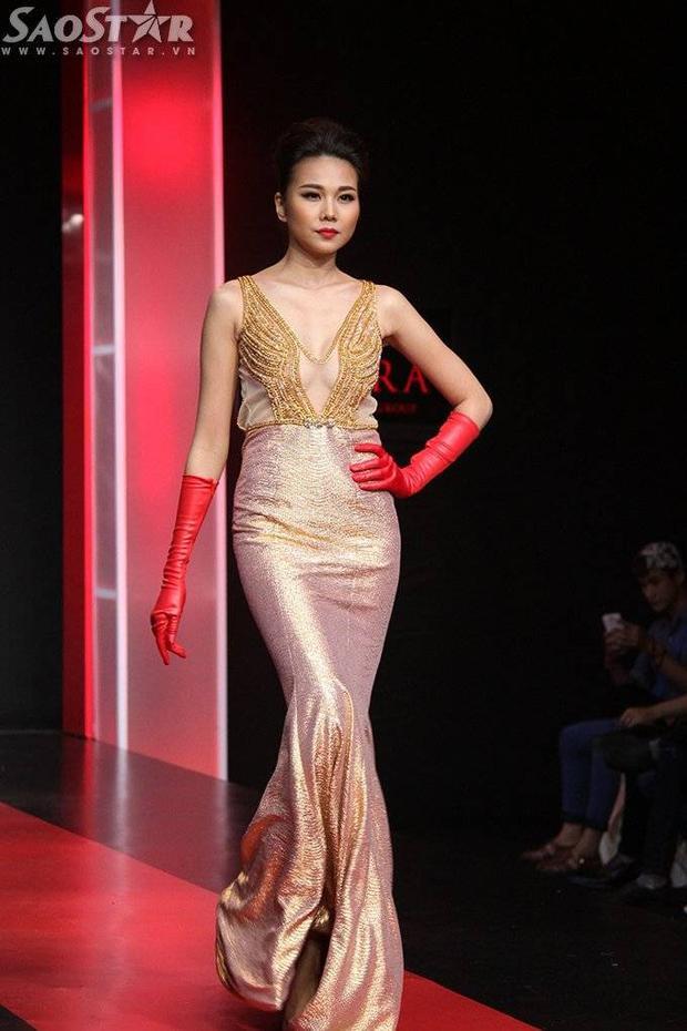 Thanh Hằng kiêu sa, Việt Trinh gượng gạo trên sàn diễn