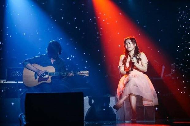 Nhật Thủy thắng lớn trong liveshow Bài hát Việt tháng 9