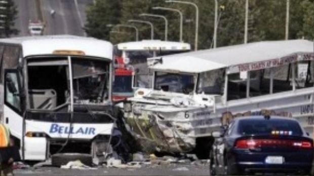 Hiện trường vụ tai nạn thảm khốc tại Seattle.