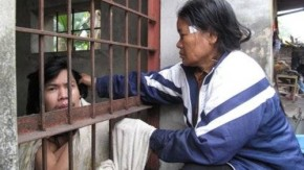Bà Thuân phải nhốt con… Ảnh: An ninh Hải Phòng