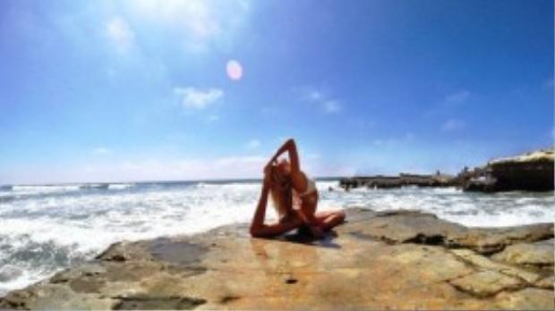 Alexandra xem yoga như một phần của cuộc sống.