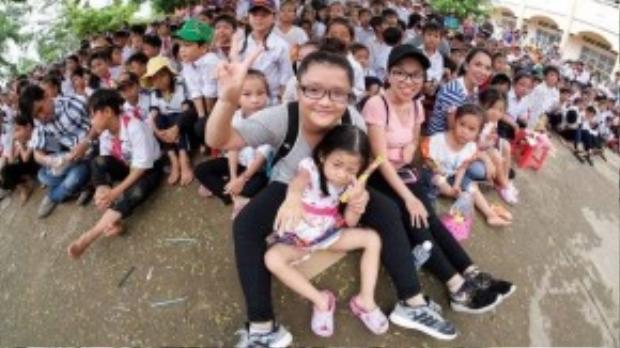 Trẻ em cảm nhận sâu sắc hơn về cuộc sống xung quanh sau khi tham gia chuyến đi từ thiện,
