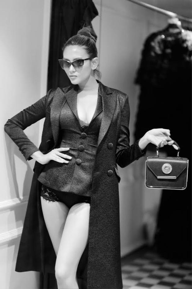 Võ Hoàng Yến bất ngờ tuyên bố bỏ nghề người mẫu