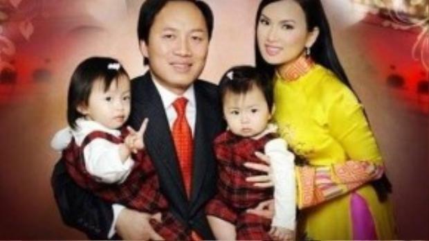 Gia đình hạnh phúc của Hà Phương.