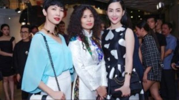 Linh Nga xinh đẹp đọ sắc bên nhà thiết kế Thuỷ Nguyễn và siêu mẫu Xuân Lan.