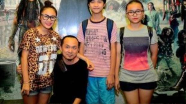 Thanh Lam và Quốc Trung thường xuyên dành thời gian đưa các con đi xem phim.