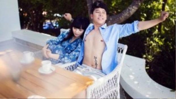 Lê Hoàng - Việt Huê là một trong những cặp đôi đẹp của làng giải trí Việt. Tuy chưa tổ chức đám cưới nhưng họ có một mối tình đẹp khiến nhiều người ngưỡng mộ.