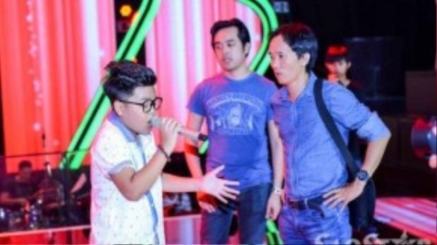 Tiến Quang đội Dương Khắc Linh, cả hai thầy trò cùng nhau tập luyện trên sân khấu. Tiến Quang cũng là thí sinh có số lượng bình chọn cao nhất trong đêm liveshow 3.