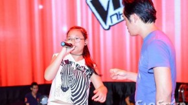 Cô bé mũm mĩm Thái Thị Hà Vy cũng ra sức tập luyện để có thể giành 1 tấm vé vào đêm Bán kết.