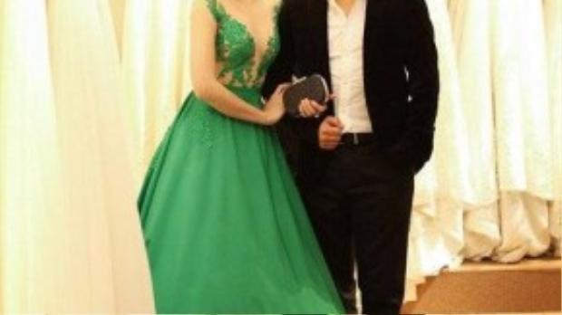 Ngọc Diệp và Victor Vũ đi thử trang phục tham dự sự kiện.