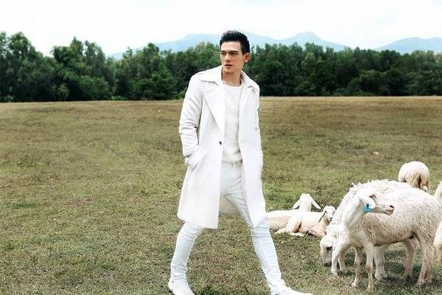 Chàng thơ của Đỗ Mạnh Cường hóa thành cậu bé chăn cừu