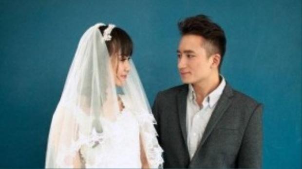 Vợ người ta có giai điệu lạ tai, hơi vui tươi dù rằng đây là ca khúc nói về… người yêu đi lấy chồng. Ngoài ra, Phan Mạnh Quỳnh còn thể hiện theo chất giọng của miền Trung lại càng thu hút người nghe.