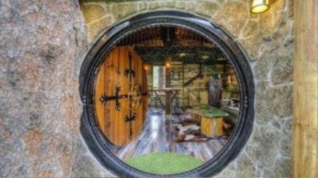Căn nhà tọa lạc tại Black Hills, khu du lịch nổi tiếng về đào vàng.