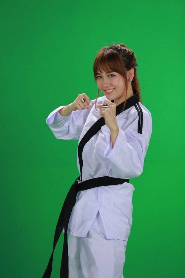 Bộ ba bánh bèo Hari Won, Hương Giang, Trang Pháp hội ngộ gameshow mới