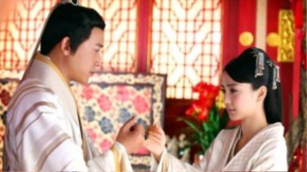 Mối tình thanh mai trúc mã của Vân Ca - Lưu Phất Lăng mới là điểm sáng thu hút người xem.