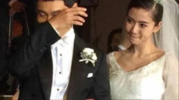 Angela Baby cảm động tuyên thệ mãi mãi yêu Huỳnh Hiểu Minh và bên anh đến trọn đời.