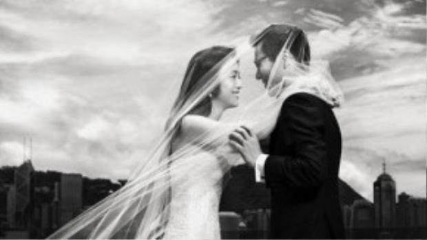 Bộ ảnh cưới của Thang Duy và đạo diễn người Hàn Quốc Kim Tae Yong khiến không ít người hâm mộ suýt xoa.