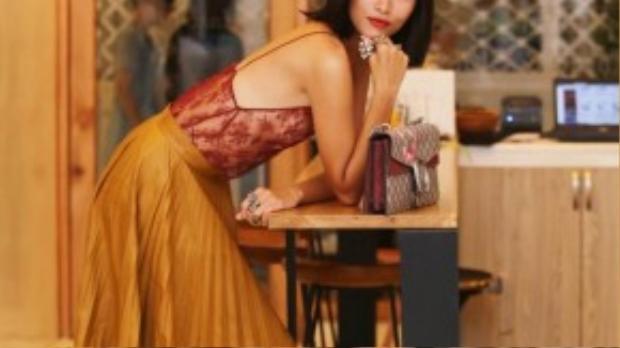 Thành công trong việc hợp tác giữa Gucci và tạp chí ELLE thể hiện sự tin tưởng của thương hiệu thời trang này với chất lượng và uy tín của ELLE Việt Nam.