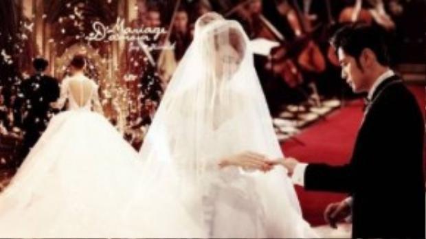 Hình ảnh lãng mạn trong lễ cưới. Khó ai tin rằng người trói chân Châu Kiệt Luân lại là mộ cô gái trẻ không tên tuổi.