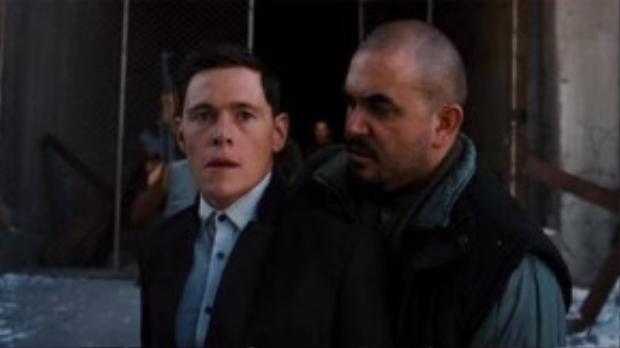 Vai diễn của Burn Gorman trong phim này có tên là Holly.