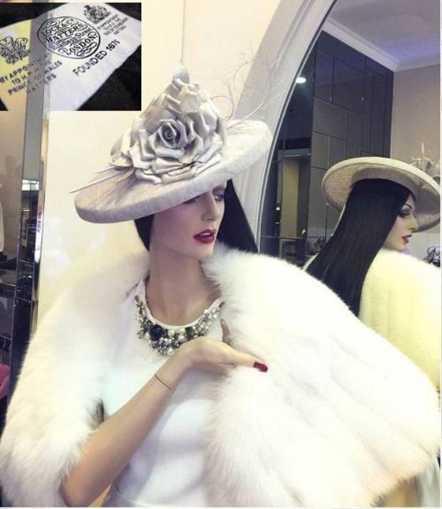 Lý Nhã Kỳ chuộng dòng mũ yêu thích của Audrey Hepburn