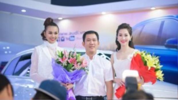 Dù đến Hà Nội khá vội nhưng Đặng Thu Thảo vẫn đầy rạng rỡ với nụ cười thường trực trên môi. Trong sự kiện lần này, cô tiếp tục thực hiện vai trò đại sứ quỹ từ thiện của mình cùng với các đại sứ khác như Thanh Hằng, Anh Tuấn…