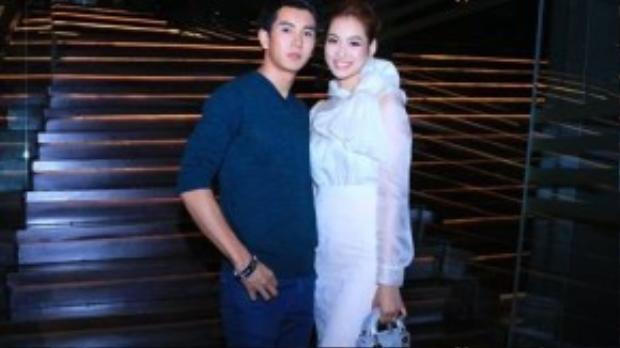 Vương Thu Phương và bạn diễn Thái Lan - Pak Narapat từng được khán giả Việt Nam yêu mến qua vai diễn trong bộ phim điện ảnh đình đám Love Is Coming.