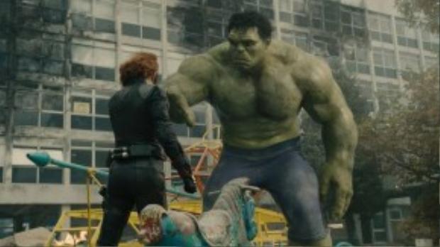 Black Widow, War Machine và Spider-Man là những siêu anh hùng ủng hộ Iron Man và đạo luật Kiểm soát Siêu nhân của chính phủ trong sự kiện Civil War trên màn ảnh.