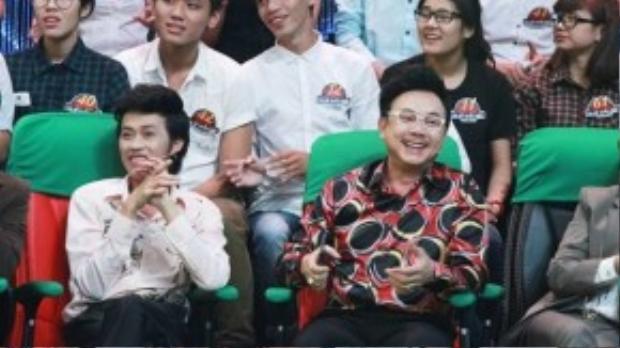 Đồng hành cùng Hoài Linh là người bạn Chí Tài cũng xuất hiện thường xuyên tại các gameshow.